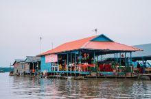 东南亚最大的淡水湖—柬埔寨洞里萨湖