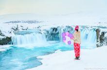 神之瀑布的冰天雪地迷人仙境