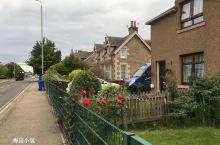 清晨的因佛尼斯(Inverness),美的像画一样。   因弗尼斯是苏格兰北部的一座城市,高地地区的