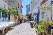 💙在土耳其也能体验到希腊蓝——阿拉恰特。阿拉恰特,一座带有色彩缤纷希腊风格的小镇,到达伊兹密尔后乘大