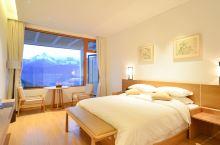 值得一去的酒店——德钦腾悦·梅里雪山度假酒店  酒店是新开的,被草很干净很舒,观景房超级好,有个大阳