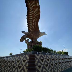 巨鹰广场旅游景点攻略图