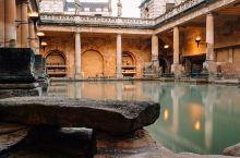 """巴斯罗马浴场博物馆只有""""浴场""""么?"""