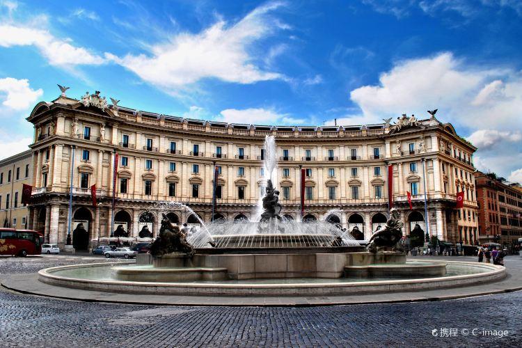 Piazza della Repubblica2