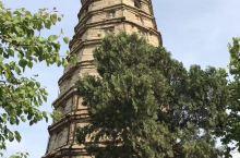 济南平阴的多佛石塔