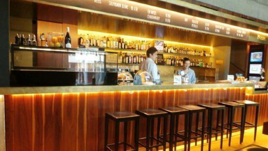Houdini Bar