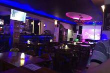虹梅路,新德里餐厅酒吧。