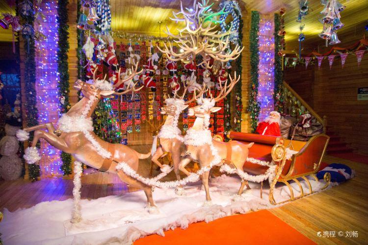 아틱 크리스마스 마을2