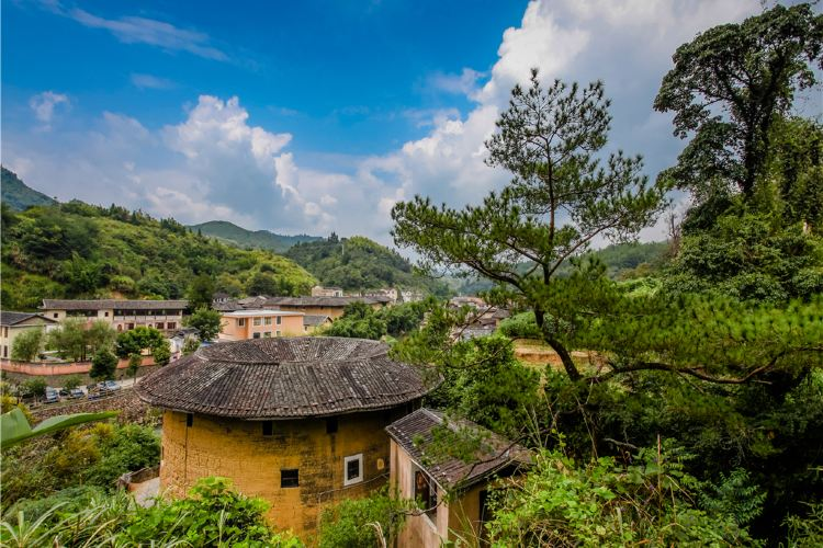 Hakka Tulou Customs and Culture Village (Hongkeng)2
