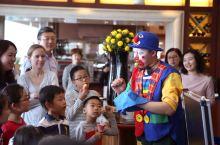 东方君悦酒店,度过一个快乐的复活节。 4月1日,在西方,既是愚人节,也是复活节。东方君悦酒店的凯菲厅