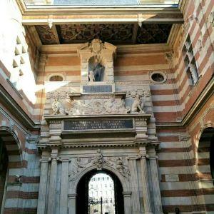 图卢兹市政厅广场旅游景点攻略图