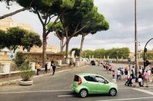 匆匆行走在罗马