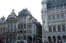 布鲁塞尔的天鹅咖啡馆