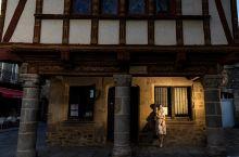 穿越到中世纪的迪南老城