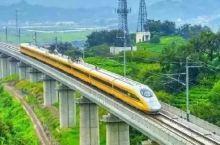今天首发车!这条高铁开通后,两小时就能看绝美雪景泡中国奇泉!
