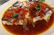 尾牙宴大餐 是一家湘菜馆,味道非常好,最爱的菜是:永州血鸭,剁椒鱼头,萝卜炖筒骨,手撕包菜等。 公司