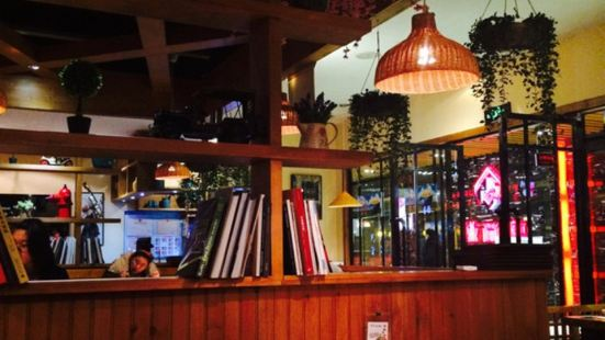 厚生香港小吃餐廳(晶和廣場店)