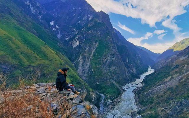 香格里拉秘境之路:见证虔诚信仰,爱上雪山之巅的浪漫