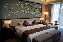 值得一去的酒店——六安南湖白鹭园酒店  环境优雅,园林景观十分优美,休闲渡假的好地方  【酒店信息】