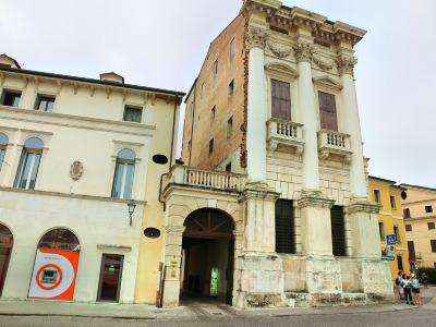 Palazzo Breganze