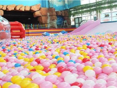 Bengbu Redang Island Indoor Heated Water Park