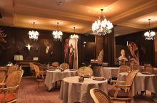 凡尔赛的一颗翡翠le corot池塘餐厅