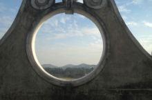 洞洞和框框里的风景
