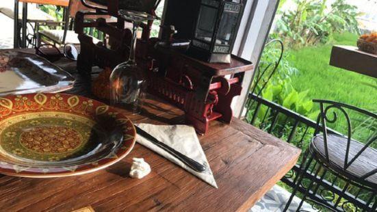 Cafe du Monyet