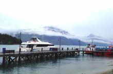 皇后镇的遗憾之美 皇后镇可能是新西兰最有人气的地方了,这里丰富的游玩项目个个都很吸引人。可惜我们没时