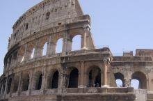 罗马之旅 意大利首都罗马位于意大利半岛中西部,建在台泊河之间的七座山冈上,是世界灿烂文化的发祥地,沉