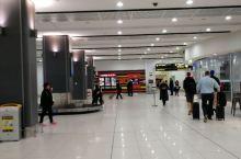 黄金海岸机场