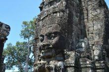 高棉的微笑,包容爱恨,超越生死