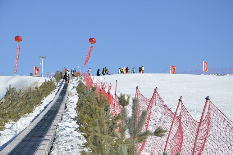 萬舟滑雪場2