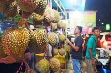 雅加达最热闹的夜市一条街,各种美食吃不完