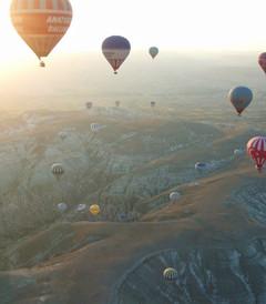 [土耳其游记图片] 【土耳其4】【絲路】卡帕多奇亞:卡帕多奇亞的巨大螢火蟲,500顆熱氣球齊飛升空