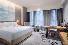 值得一去的酒店——灵宝华美达安可酒店  环境优雅安静,服务周到细心,房间干净整洁,停车方便,地理位置