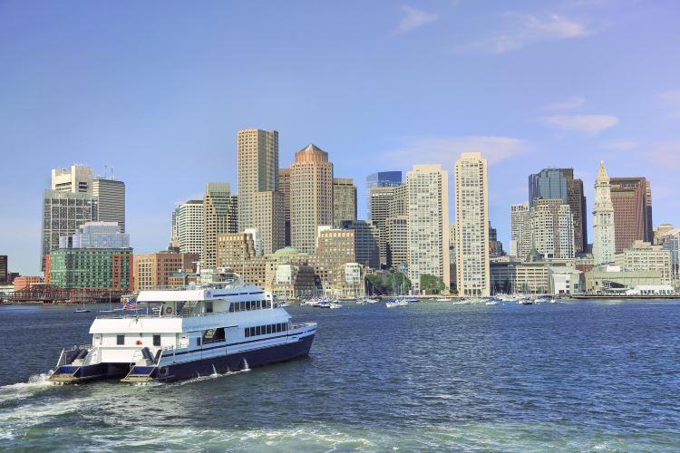 波士頓港遊輪