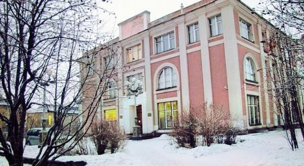 Folk Art Division of Murmansk Art Museum