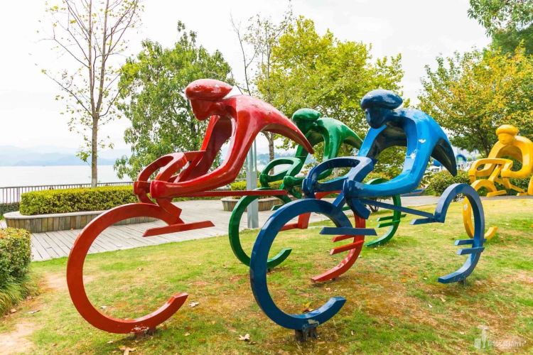 Cycle around Qiandao Lake with Le You Cycling1