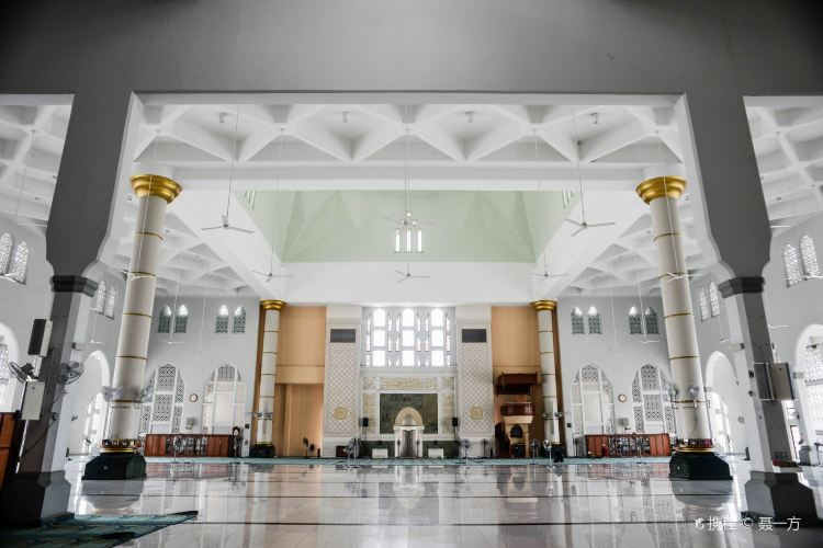 Kota Kinabalu City Mosque4