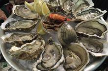 法国尼斯海鲜大拼盘,法国生蚝真的震撼了嘴巴