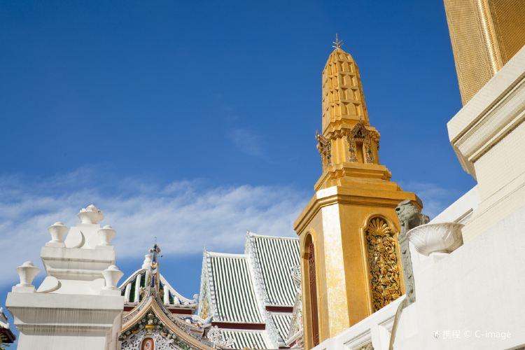 Wat Bowonniwet Vihara2