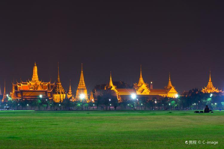 Sanam Luang3