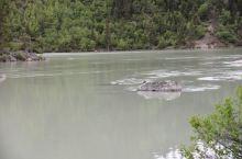 然乌湖湖口,帕隆藏布的源头1