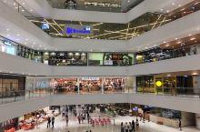 非常有气场的大型购物中心