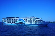 #神奇的酒店 住在尼罗河邮轮上看神庙