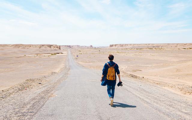 【自驾横穿中国】6天3700公里,横穿G7大漠天路