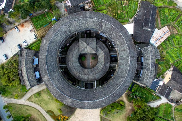 Hakka Tulou Customs and Culture Village (Hongkeng)4
