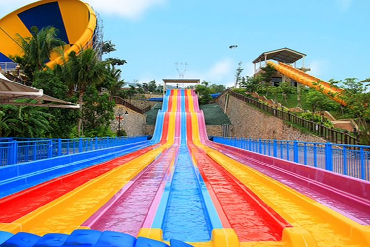 Sanyamenghuan Water Amusement Park1