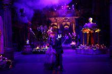 """万圣节惊魂夜 万圣节是小伙伴每年最期盼的节日,虽然万圣节起源于西方,但这个""""疯狂""""的节日在新加坡越来"""